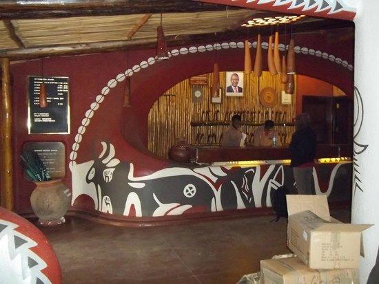 Amboseli Serena Safari Lodge: Reception area