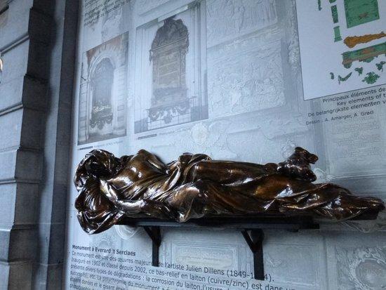 Everard 't Serclaes: Estátua da sorte