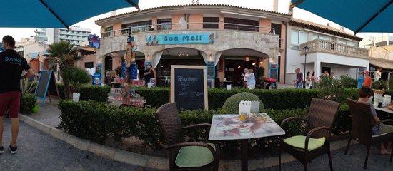 Cafe Son Moll: Das Café von der Terasse