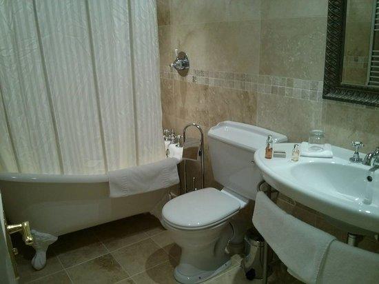 Burythorpe House : fab bathroom