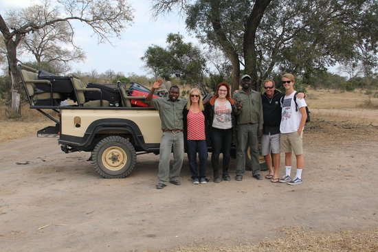Chitwa Chitwa Private Game Reserve : Game drives were usually with 6 people, ranger & tracker