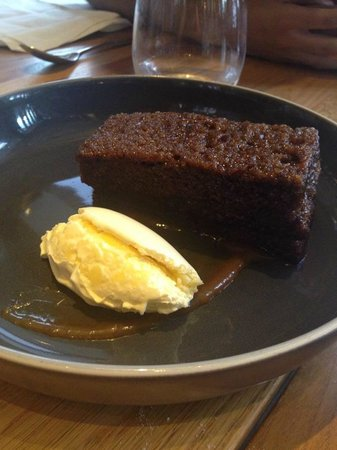 Bread Street Kitchen : Sticky toffee pudding