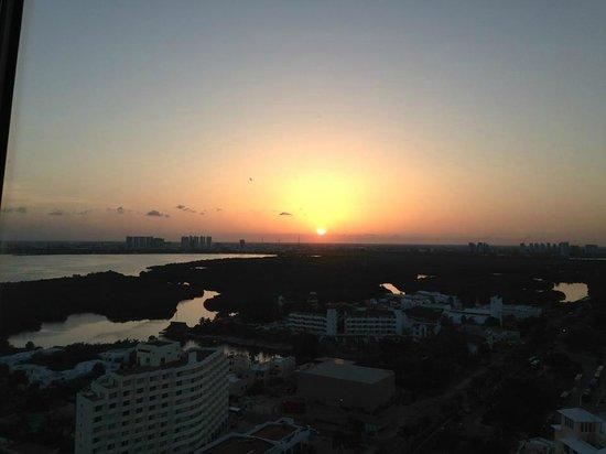 Torre Escenica: pôr do sol