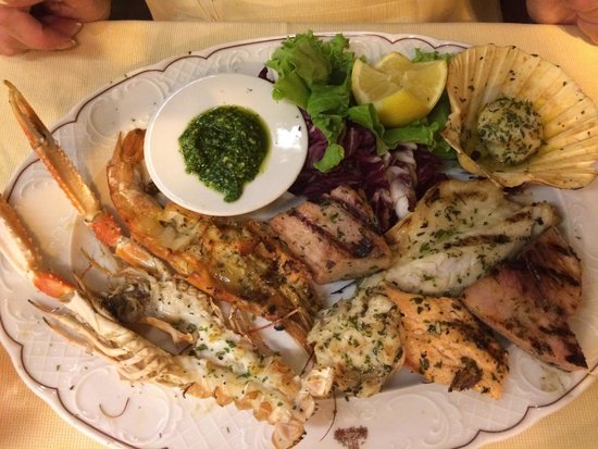 Ristorante La Torretta: Mixed fish platter, simply amazing :)
