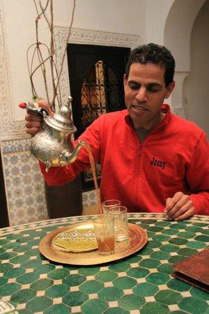 Riad Al Mamoune : Thé à la menthe de bienvenue.