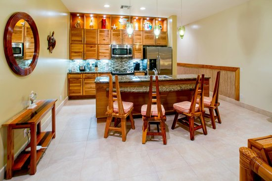 The Phoenix Resort: The full kitchen of one of our suites