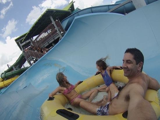 Aquatica Orlando: whallala wave