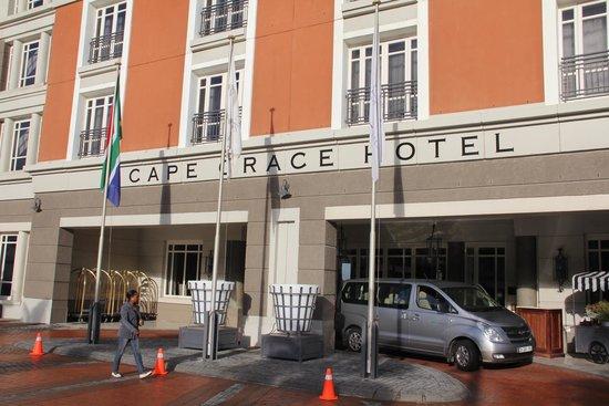 Cape Grace Hotel