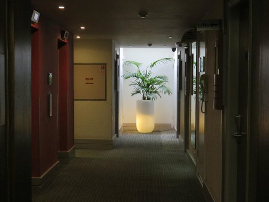 Novotel Southampton: The landing / corridor