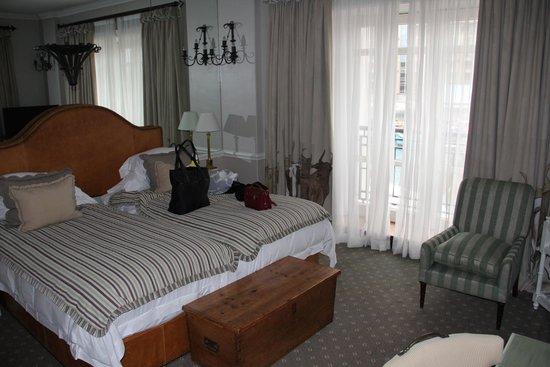 Cape Grace : 2nd bedroom in 2-bedroom suite