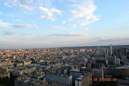 58 Tour Eiffel : View