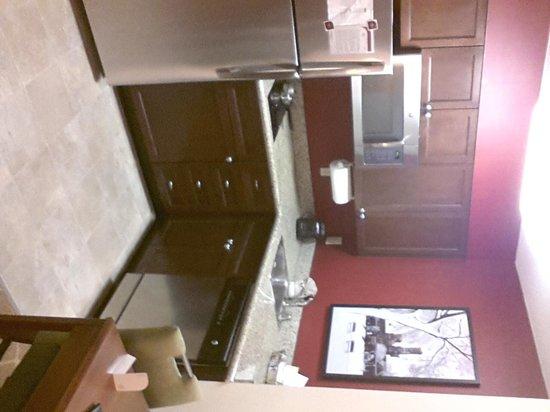 Residence Inn Washington, DC/Capitol : nice small kitchen area