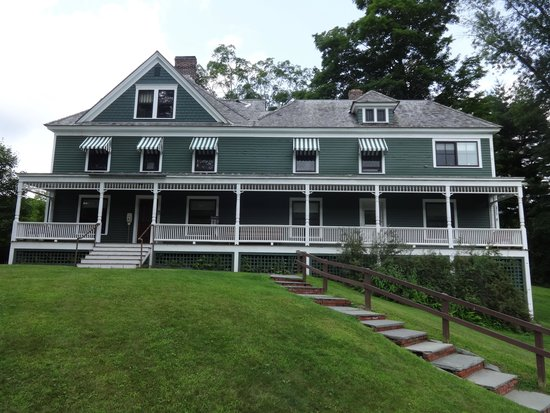 Front of Zane Grey's summer home
