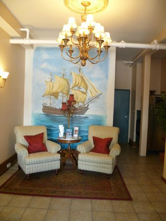 Smugglers Cove Inn: Reception area