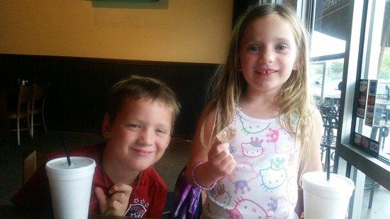 Big Shotz Tavern: The kids love it too!