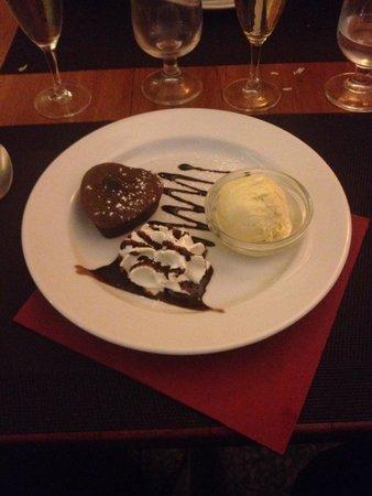Bistro: Chocolate fondant. Aug 2014