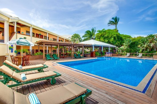BEST WESTERN Belize Biltmore Plaza Hotel: Pool