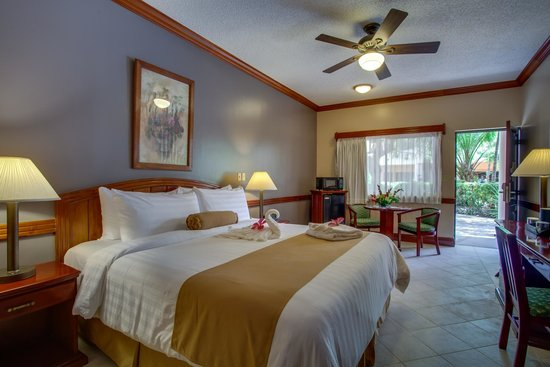 Best Western Belize Biltmore Plaza: Premier Room