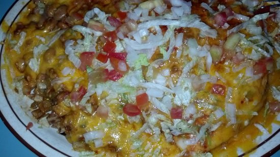 Sadie's of New Mexico : Stuffed chicken sopapilla meal.