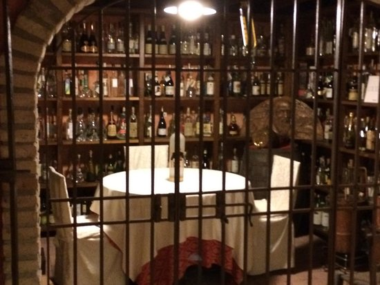 Trattoria La Rosa: Le grappe di Marino