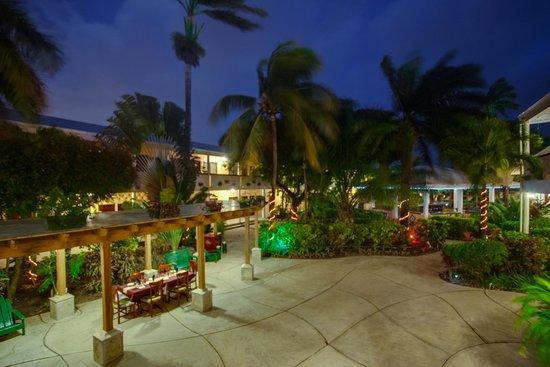 BEST WESTERN Belize Biltmore Plaza Hotel: Court Yard