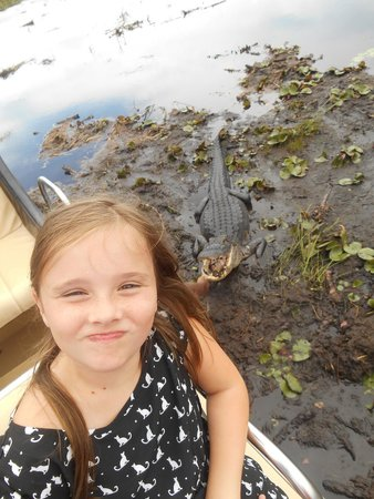 "Buffalo Tiger's Airboat Tours: ""Alligator Selfie"""