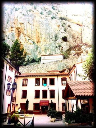 Hotel-Balneario de la Virgen: entrada