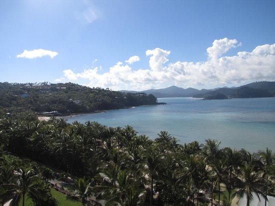 Whitsunday Apartments Hamilton Island: View to the left