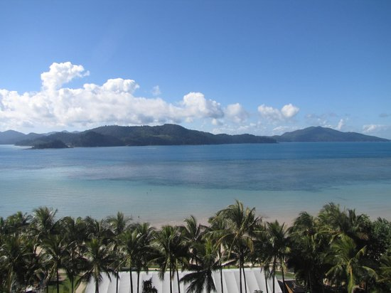Whitsunday Apartments Hamilton Island: View straight ahead