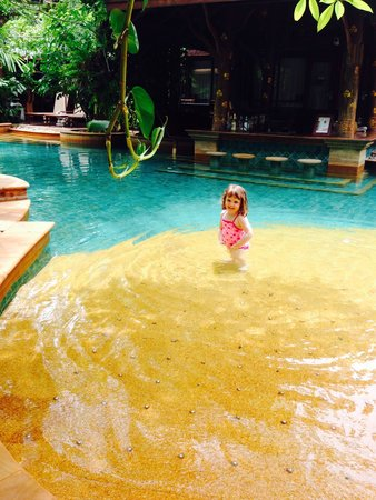 Sawasdee Village: Little drop of paradise - our 3 year old loved this resort !!!!