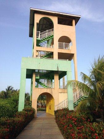 Memories Caribe Beach Resort: tower