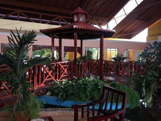 Memories Caribe Beach Resort: hall