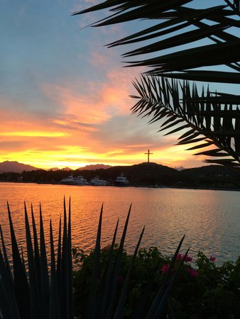 Hotel El Ganzo: Perfect sunsets here over the marina