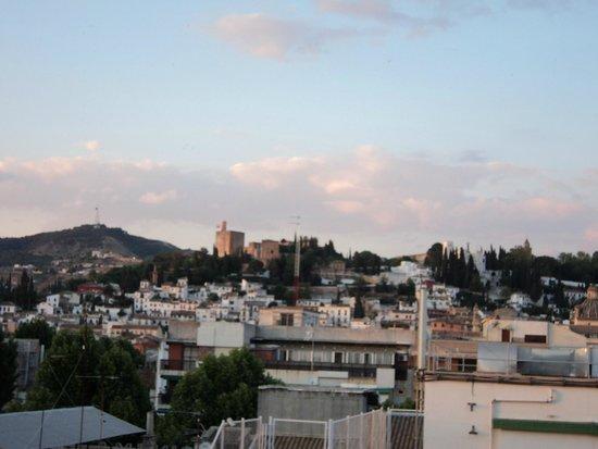 Hotel Carmen Granada: Vista de La Alhambra desde habitación