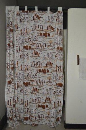 Kirurumu Tarangire Lodge: Ducha