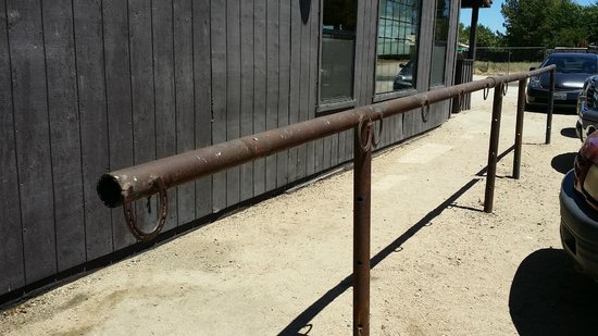 Creston, CA: Don't be surprised if you find horses tied up outside