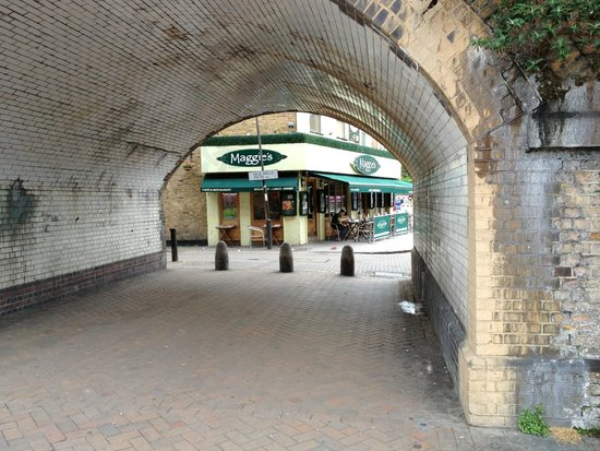 Maggie's Cafe & Restaurant: A view of Maggie's through the train overpass