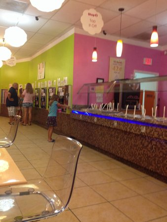 Yokool Frozen Yogurt