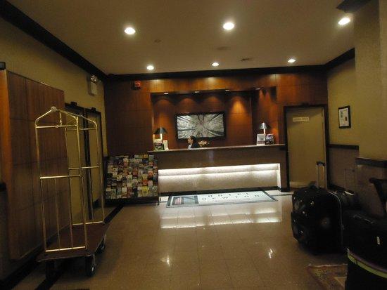 Hotel Newton: Lobby 1