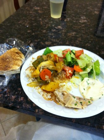 Holiday Inn Express Benton Harbor: Monday night's Mediterranean dinner