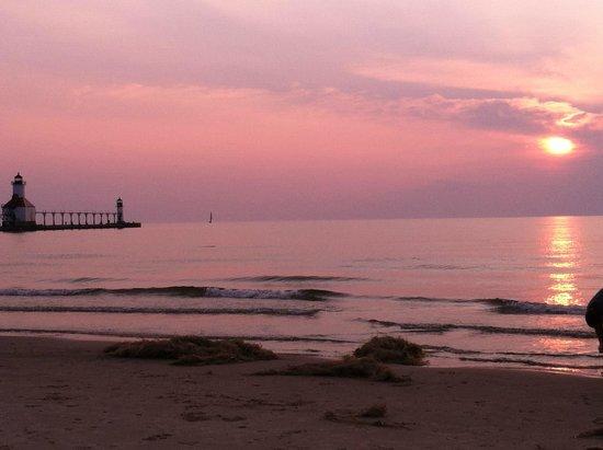 Holiday Inn Express Benton Harbor Tiscornia Beach St Joseph Mi About