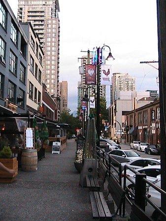 Yaletown: Mainland Street