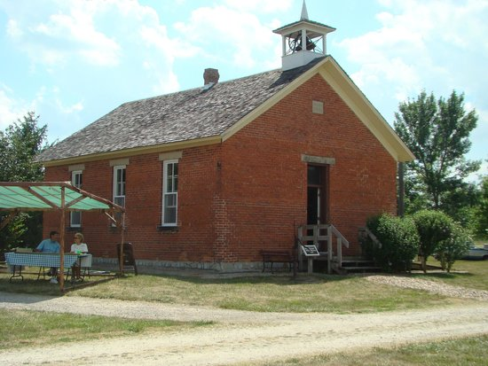 Berne, IN: old school house