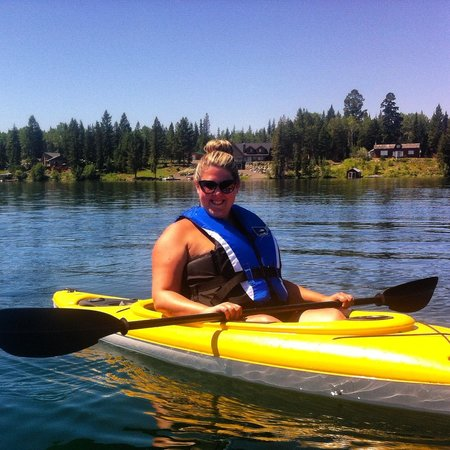 Sheridan Lake Bed and Breakfast: Kayaking on the lake