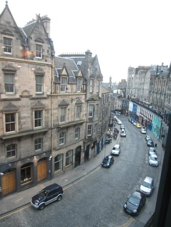 G&V Royal Mile Hotel Edinburgh : Great walking all around the hotel