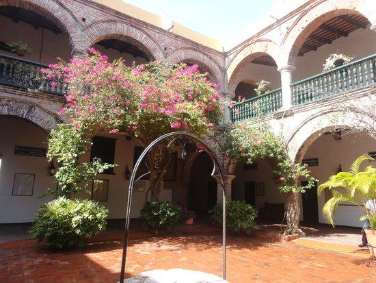 Convento La Popa de la Galera : Pátio interno