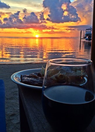 """Island Bay Resort : Grilled our own steaks, taking dinner on our """"private"""" beach. Paradise."""