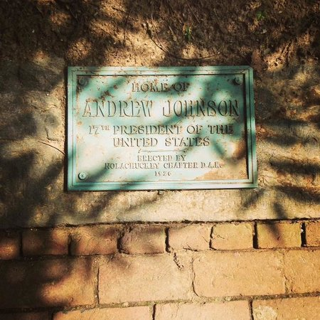 Andrew Johnson National Historic Site: Marker next to the home