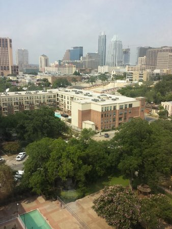 Sheraton Austin at the Capitol: View by day.