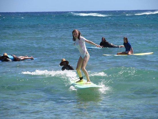 Kauai Surf School: A good teacher taught me the right waves